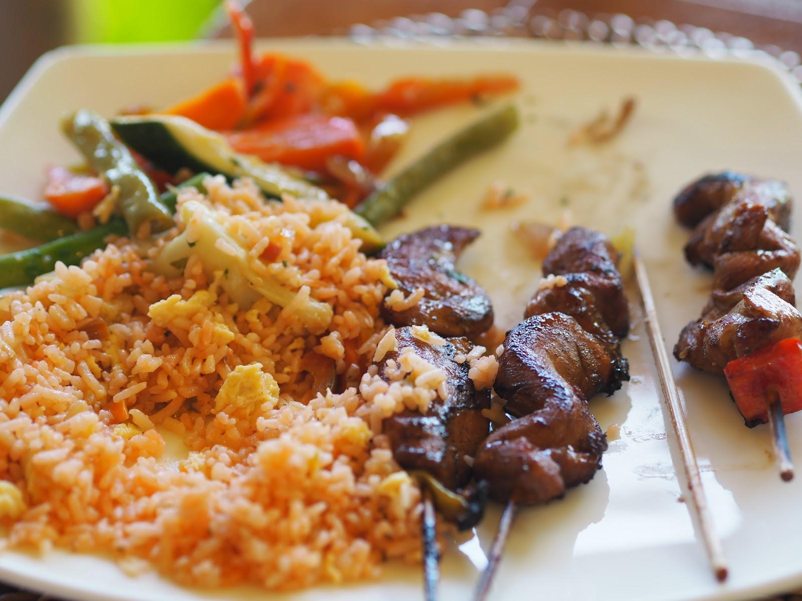 Kebabs, rice and beans, El Nido Resort