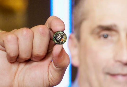 CES 2015 Intel Demos a Key Size Wearable CPU