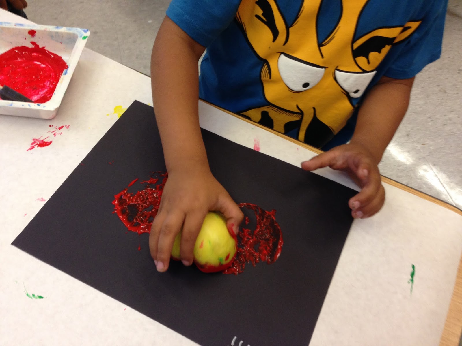 apple prints, kindergarten apples, apple unit