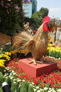 Cock model at the flower festival