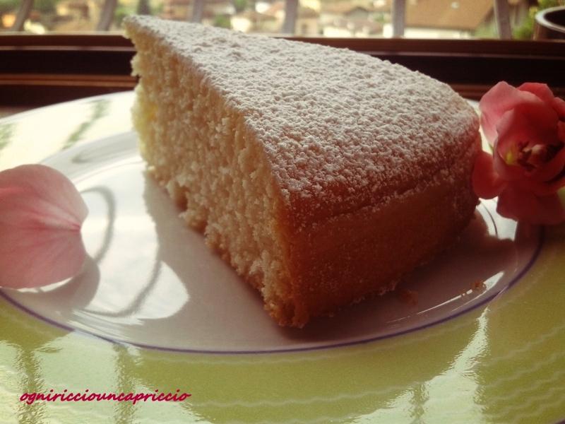 torta delicata alla vaniglia