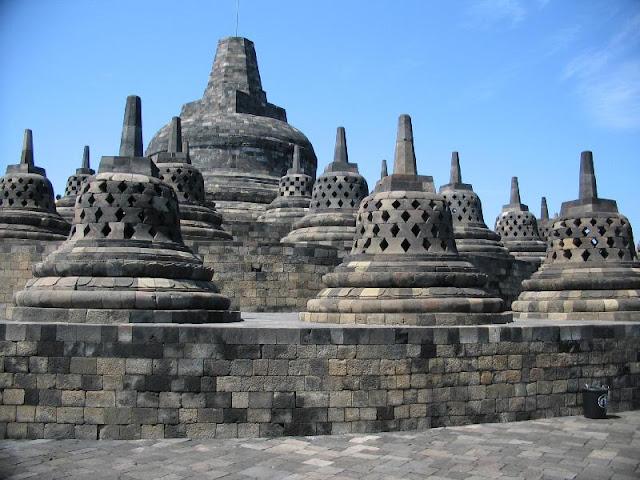 Objek Wisata Candi Borobudur 2