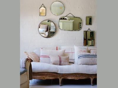 salón vintage con espejos