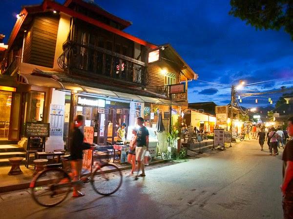 Street Walking Pai Thailand