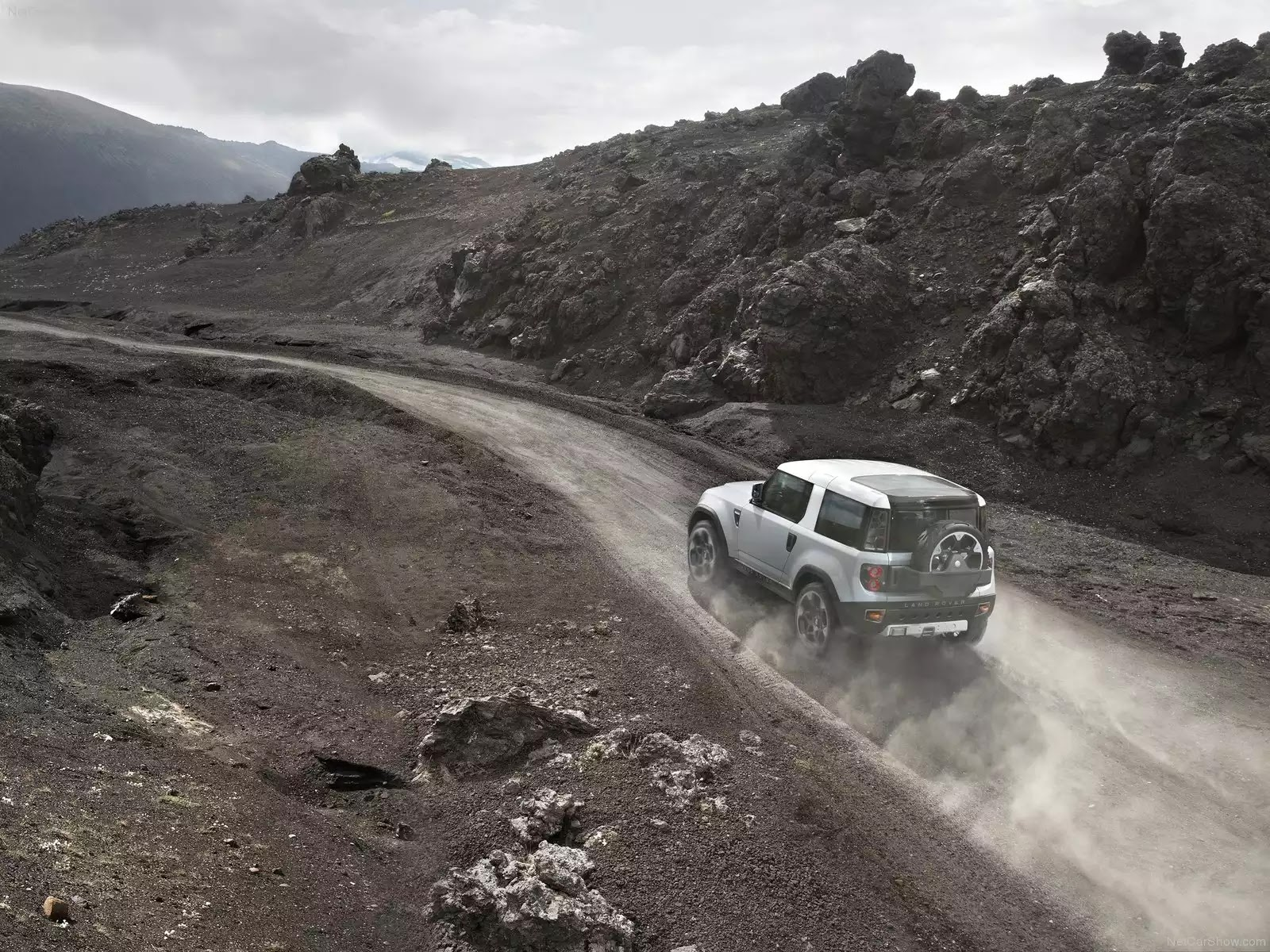 Hình ảnh xe ô tô Land Rover DC100 Concept 2011 & nội ngoại thất