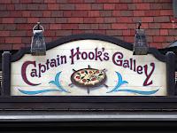 東京ディズニーランドで安いレストラン「キャプテンフックス・ギャレー」