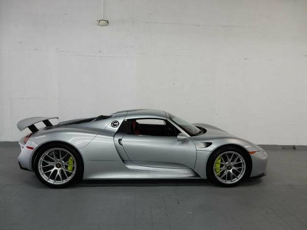 porsche 918 spyder sliver with red interior supercar. Black Bedroom Furniture Sets. Home Design Ideas