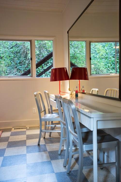 decoracao-quarto-quatro-cadeiras