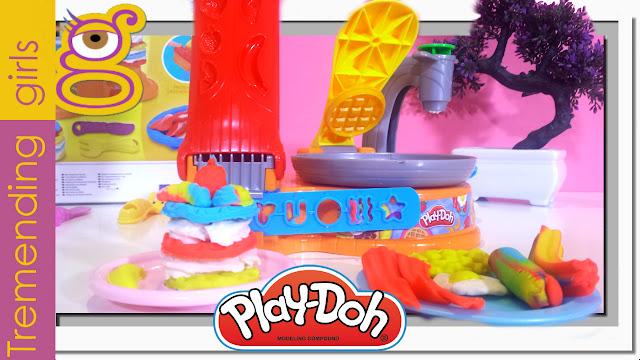 Preparamos el Desayuno con Play Doh Plus juguetes Plastilina en español