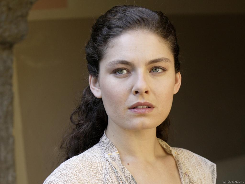 Alexa Davalos - Beautiful Photos