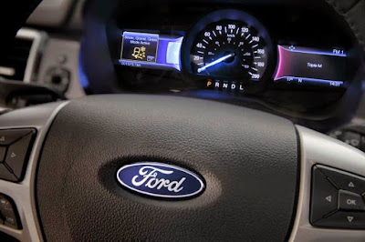 Para penggemar SUV di Indonesia telah disuguhkan pilihan terbaru dari pabrikan asal Ameri SPESIFIKASI FORD ALL NEW EVEREST, SUV TANGGUH DAN SPORTY