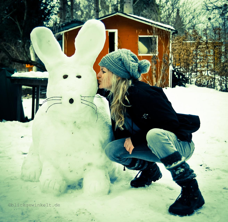 Schneehase küssen