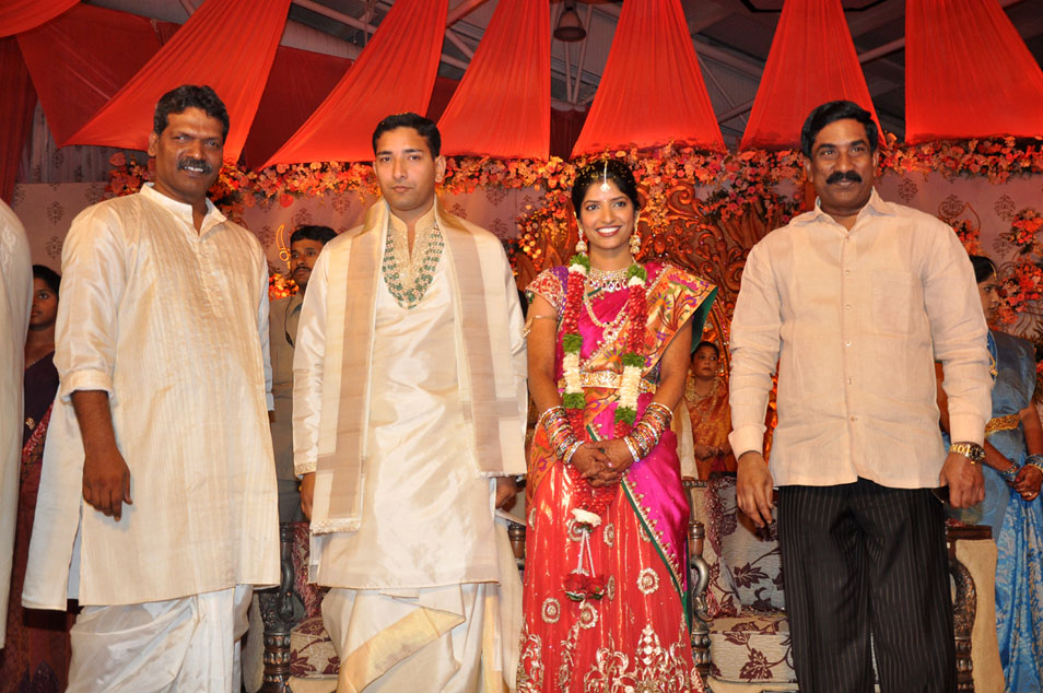 Nitin Wedding Photos Deepthi Wedding Photos