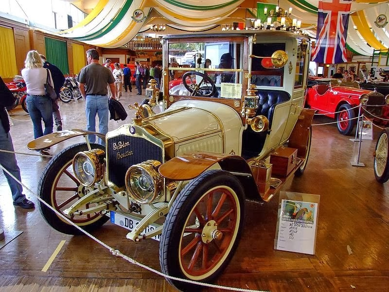 MUSEE PHOTO AUTOMOBILE...