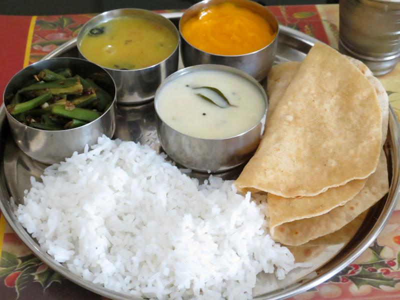 Mittu cooking love homemade gujarati thali gujarati thali meal homemade gujarati thali gujarati thali meal easy gujju recipes forumfinder Choice Image