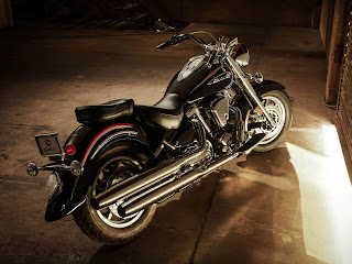 2013 Yamaha Road Star S Motorcycle Photos 1