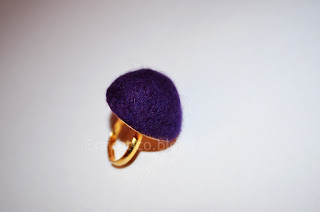 Χειροποίητο δαχτυλίδι από μωβ felt