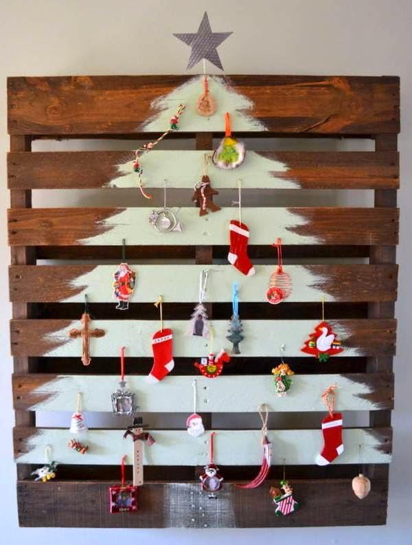 Con muy bajo costo puedes tener tu árbol navideño