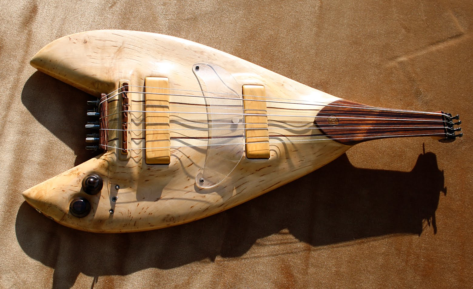 Guitar Blog Electric Koboz From Hungary Emg 89 Wiring Http Wwwguitaristecom Forums Accessoiresetlutherie