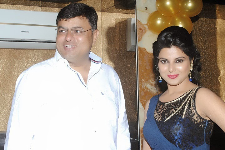 Photos of Smriti Sinha Birthday Party Top 10 Bhojpuri Bhojpur