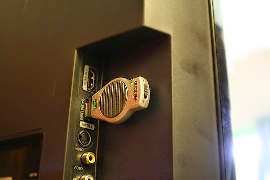 Televisor con puerto USB para reproducir contenidos multimedia