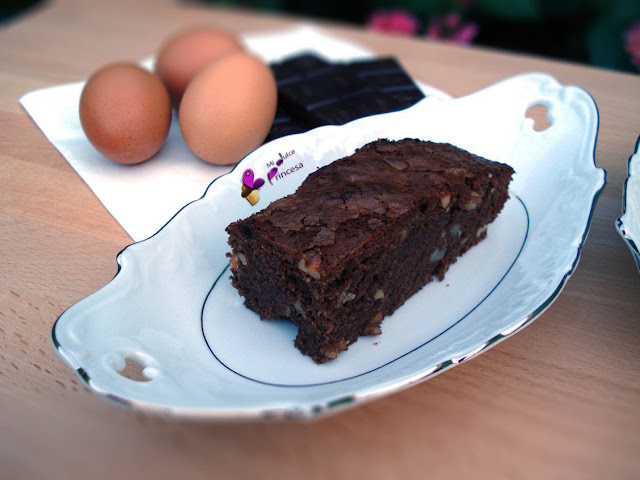 brownie, chocolate, chocolate y nueces, bizcocho