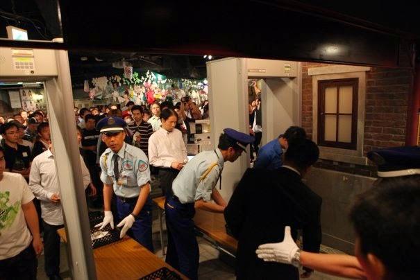 """AKB48 implementa medidas de seguridad """"al nivel de un aeropuerto"""" en su teatro"""