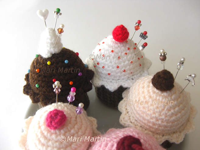 Crochet Pincushion Cupcake
