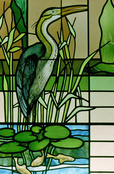 heron-stained-glass-lit-screen-02