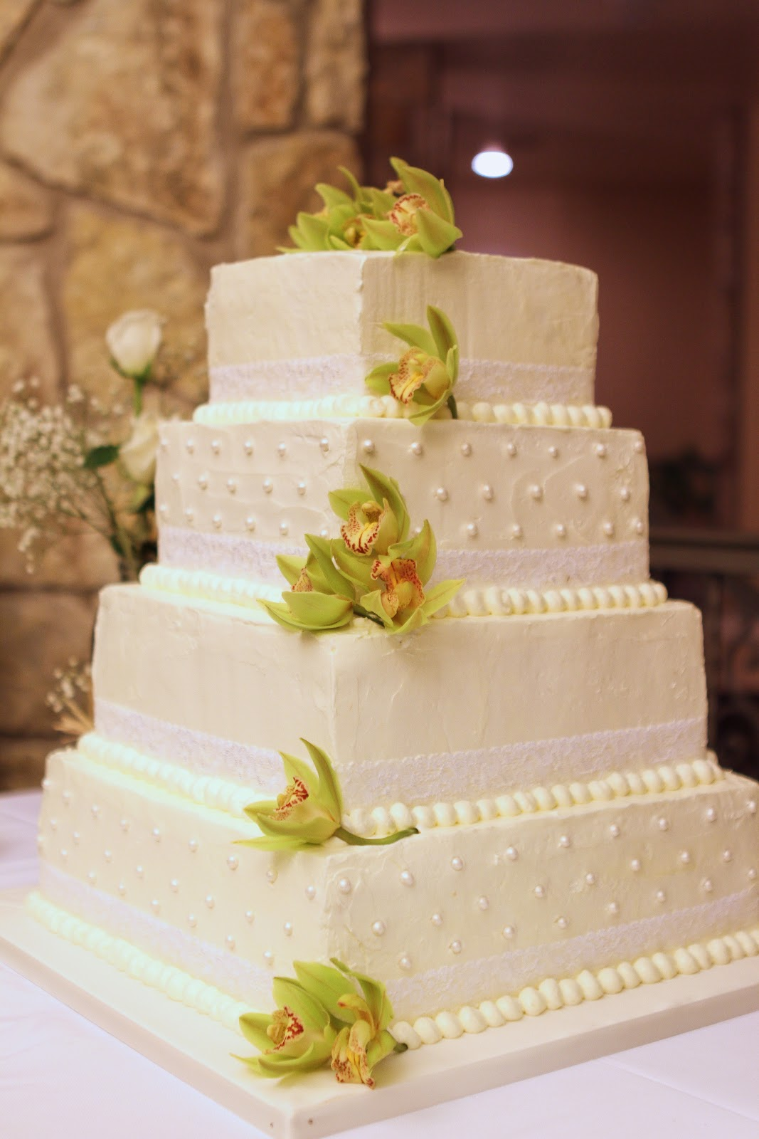 Wedding Cakes Near Burford Cotswold
