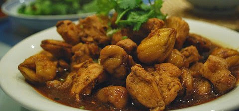 Chicken with Roasted Chestnuts and Peppery Gravy