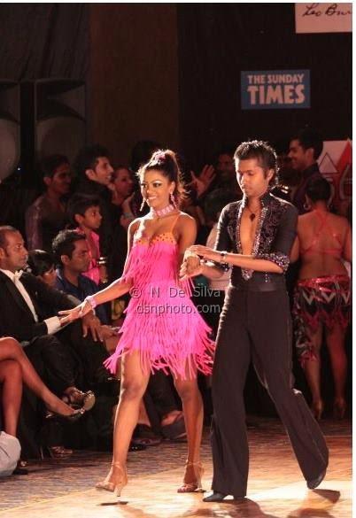 Imalsha Madushani pink
