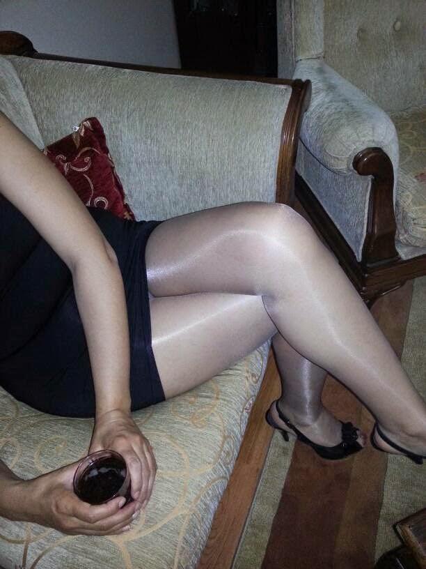 Türbanlı kaşar liseliler ve ev hanımları porno resimleri