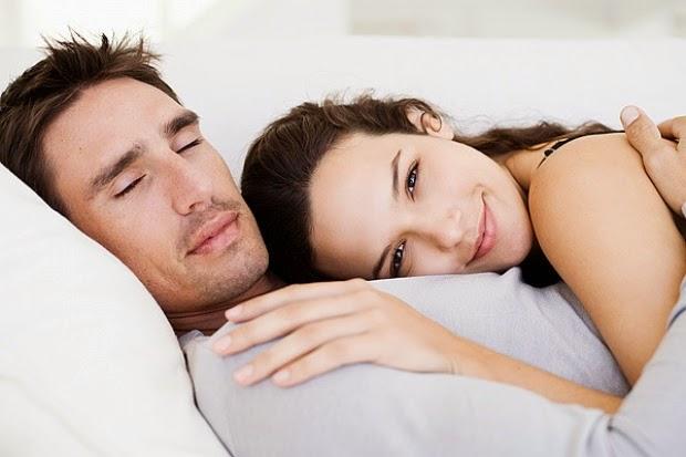 Yang Sebaiknya Suami Lakukan Setelah Selesai Berhubungan