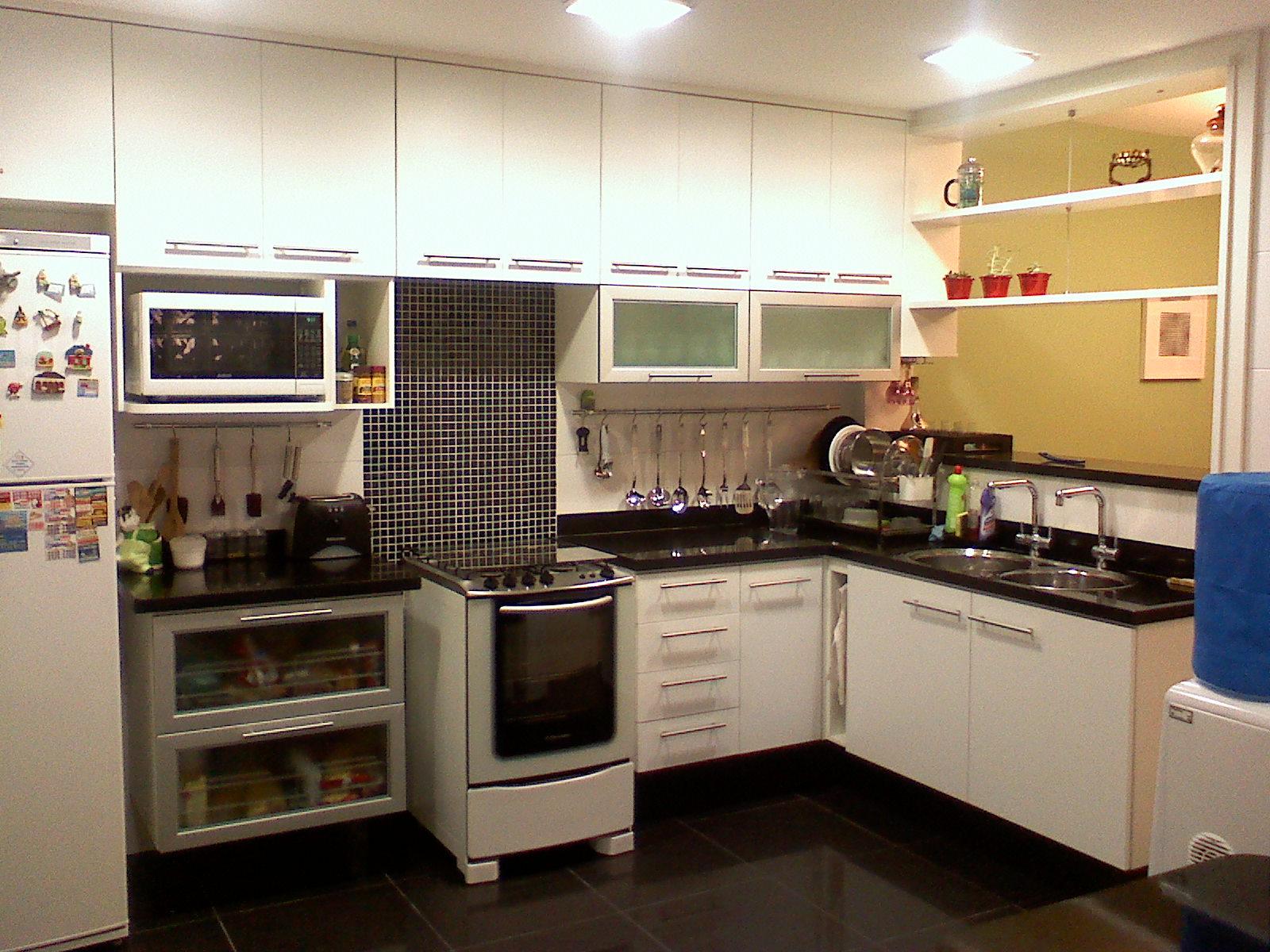 Porcelanato preto na cozinha sim ou não??? Decorações e Artes #213A66 1600 1200