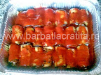 Rulouri de vinete cu branza la cuptor preparare reteta - acoperite partial cu sos de rosii