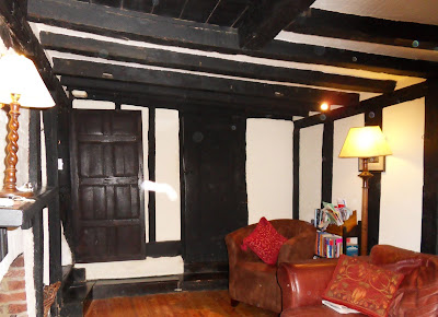 Room in 13th century cottage in Rye showing orbs and a white streak