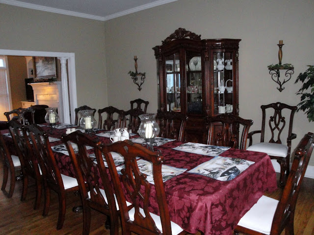 My Dining Table Sure Looks Long When It Is Empty But Fills Up Quickly This Picture Was Taken Abby And Her Family Were Here On Easter Sunday