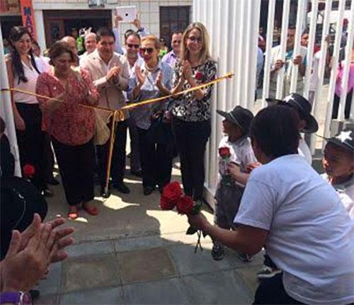 Ministra de Cultura entrega casas de la cultura en el Valle del Cauca