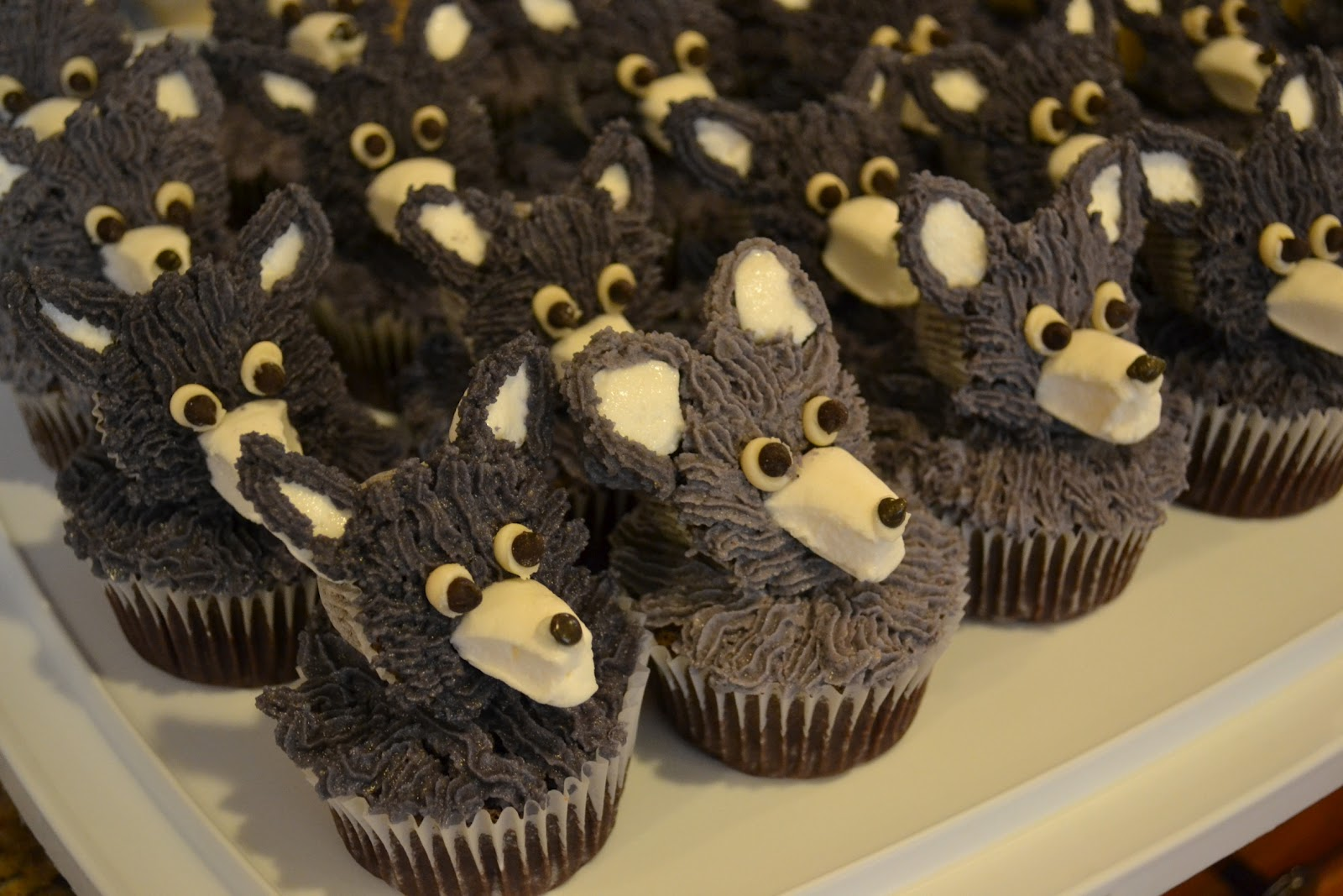 Growing up veg vegan wolf pupcakes with pecan butter frosting