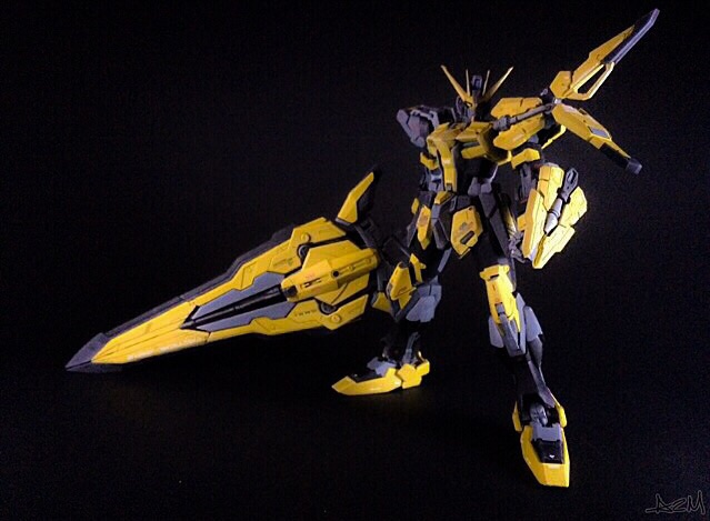 Sword Strike Bee Gundam Customized
