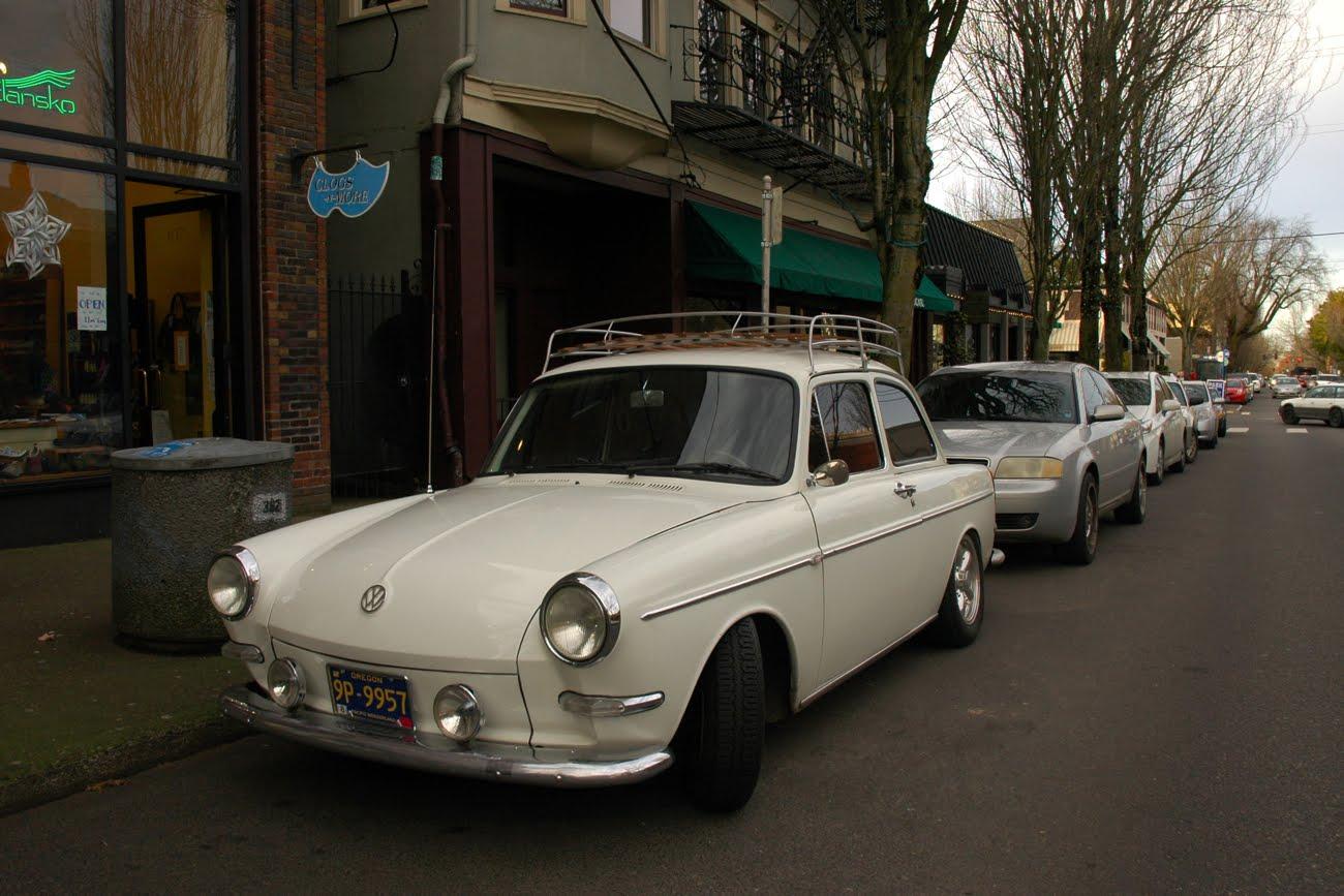 old parked cars 1965 volkswagen type 3 notchback. Black Bedroom Furniture Sets. Home Design Ideas