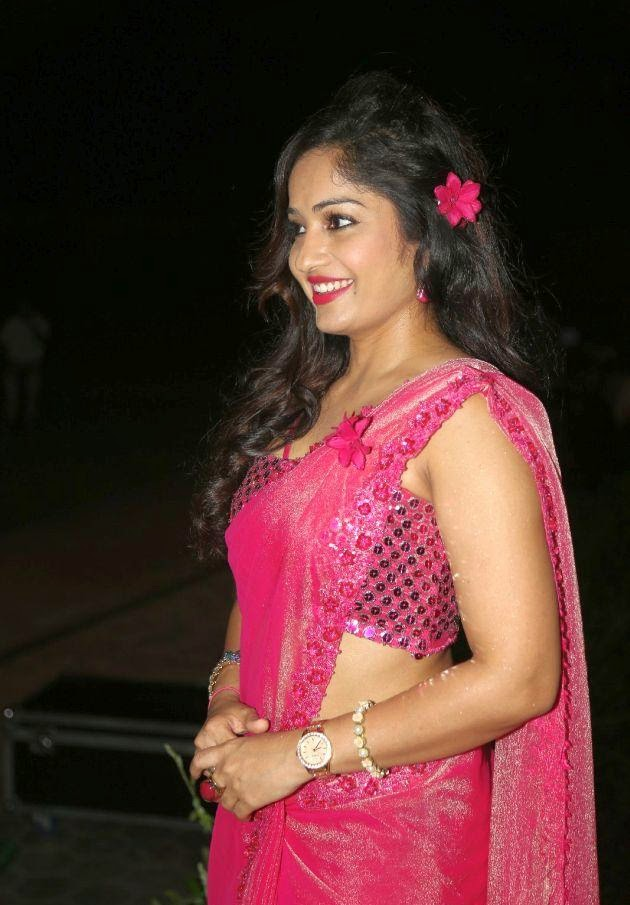 Madhavi Latha hot sexy photos