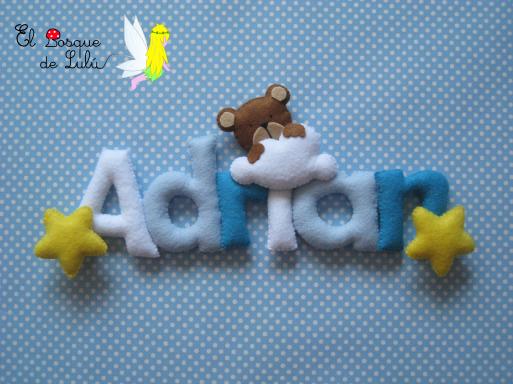 Nombre-decorativo-en-fieltro-Adrian-decoración-infantil-letrero-de-fieltro-letras-oso-nube-estrellas-regalo-de-bienvenida-nacimiento