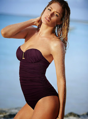 Doutzen Kroes poses hotness models in Victoria's Secret sexy swimwear