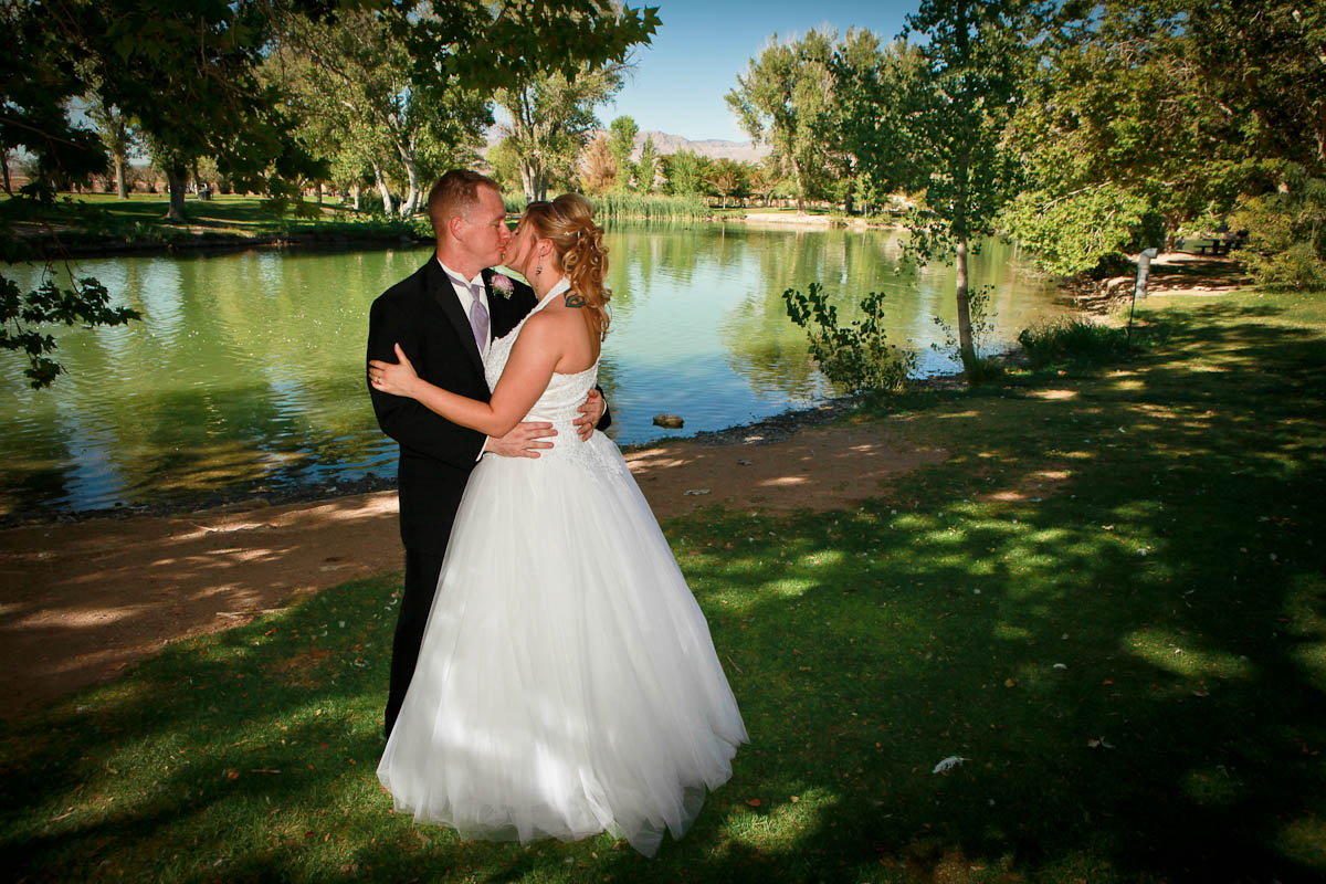 Well We Have A Fantastic Option For You Las Vegas Wedding Photographer Trey Tomsik And Scenic Weddings Are Now Offering Lakeside