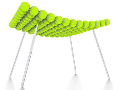 Sgabello d'arredo per un pezzo unico ed originale realizzato con le palline