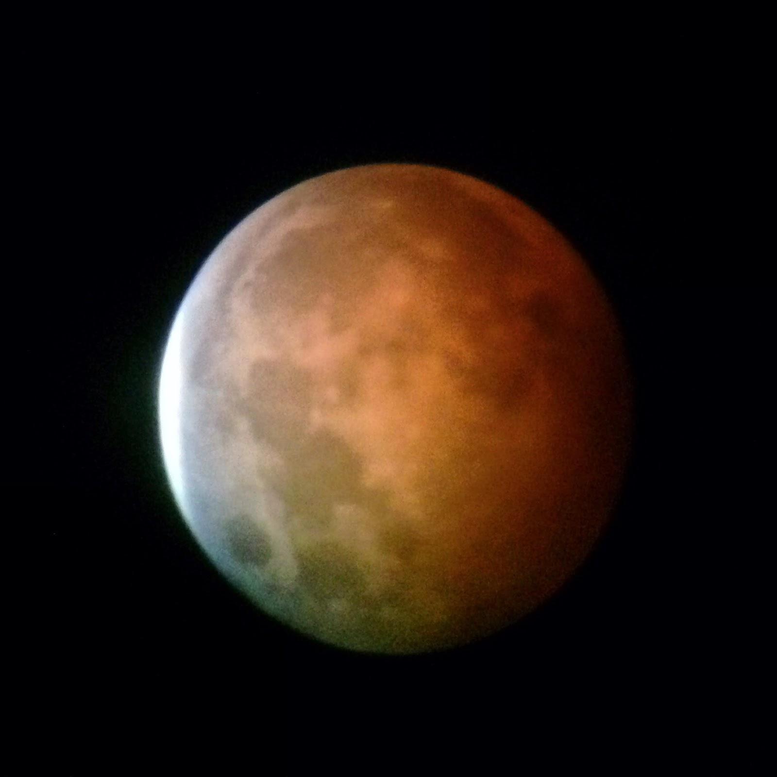 lunar eclipse iphone