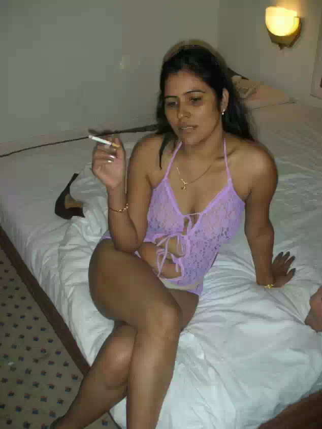 Indian desi college girls boobs   nudesibhabhi.com