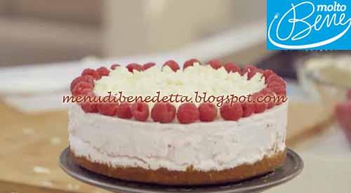 Cheesecake allo yogurt e cioccolato bianco ricetta Parodi per Molto Bene su Real Time